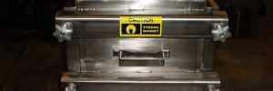 Magnetic chute separator